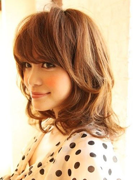 Short to Medium Hairstyles with Bangs