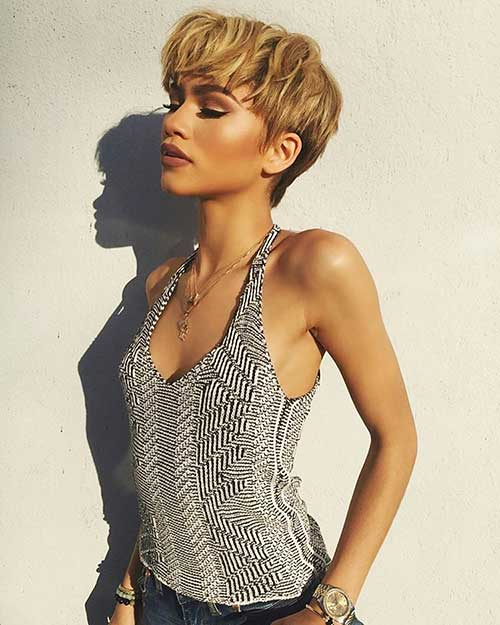 Short Blonde Hairstyles - 14