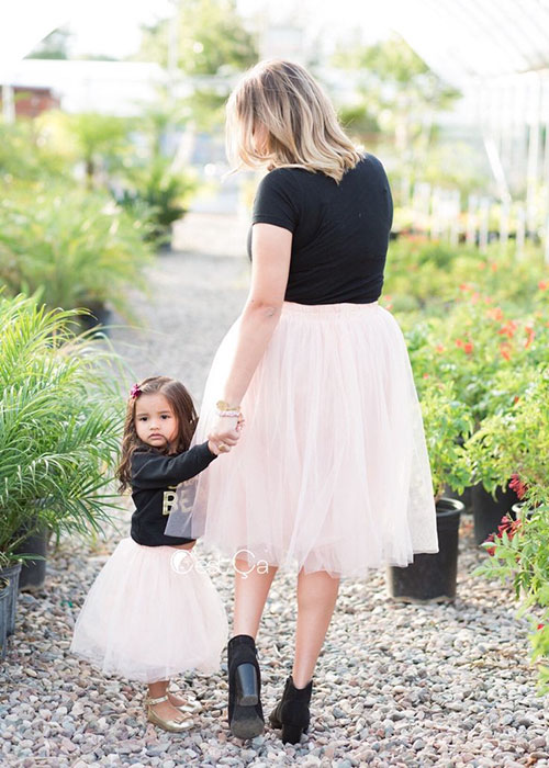 Trendy Mommy And Daughter Outfits